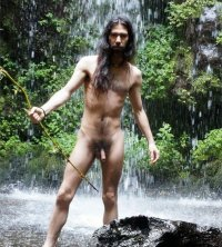 Nude in front of a waterfall – live and experience nature